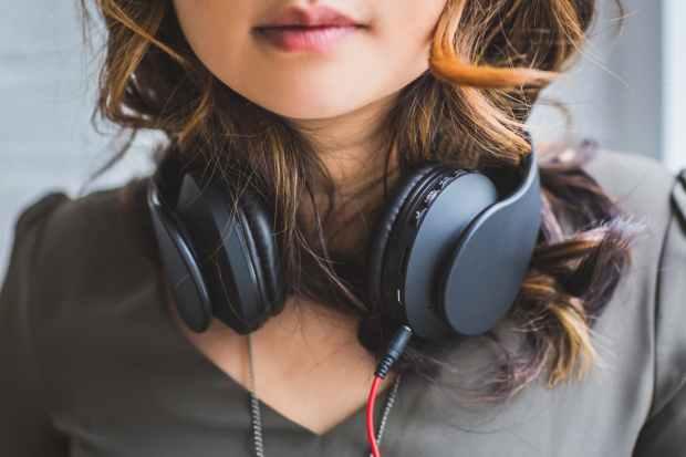 5 habits of the happiest djs